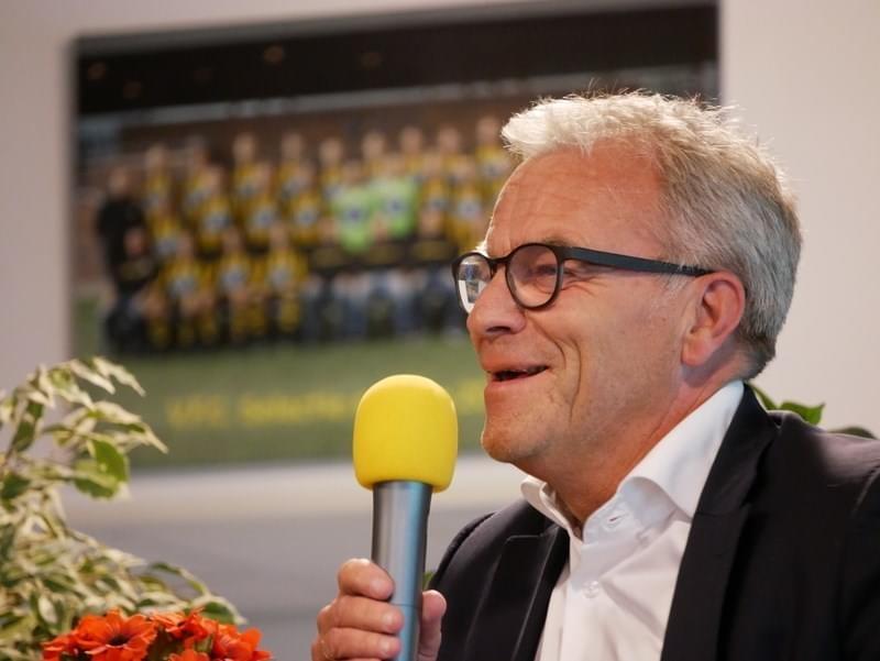 2 jaar geleden: Directeur KNVB Eric Gudde bezoekt VFC